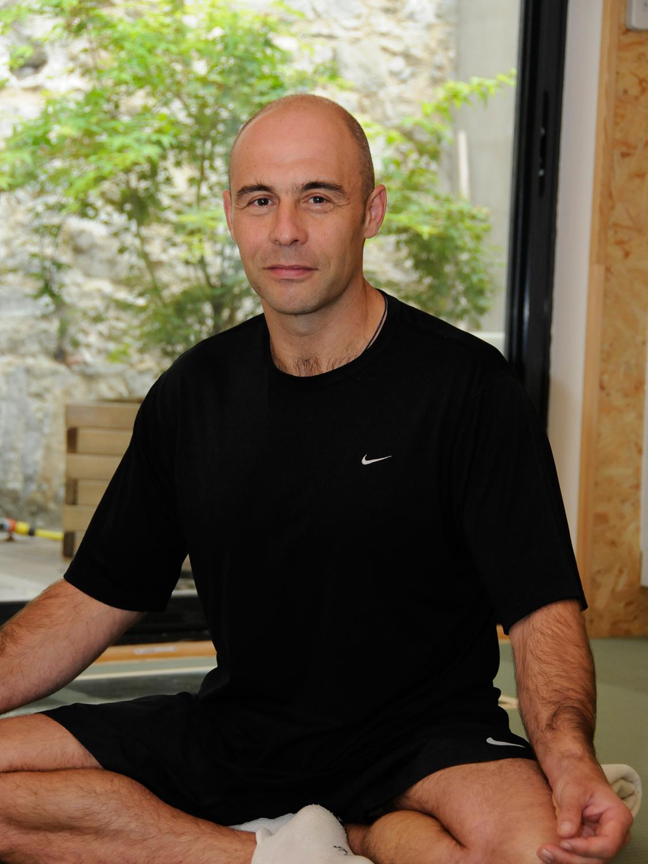 Philippe Reynaud est prof de yoga à Carcassonne